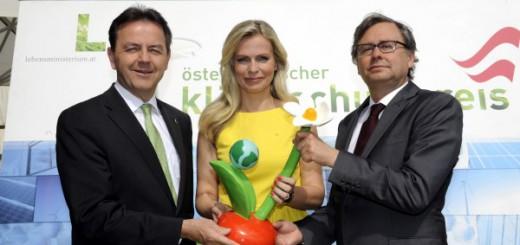 BILD: v.l.n.r.: Umweltminister Berlakovich, Moderatorin Reiterer,  ORF-Generaldirektor Wrabetz - BMLFUW/Bernhard Kern