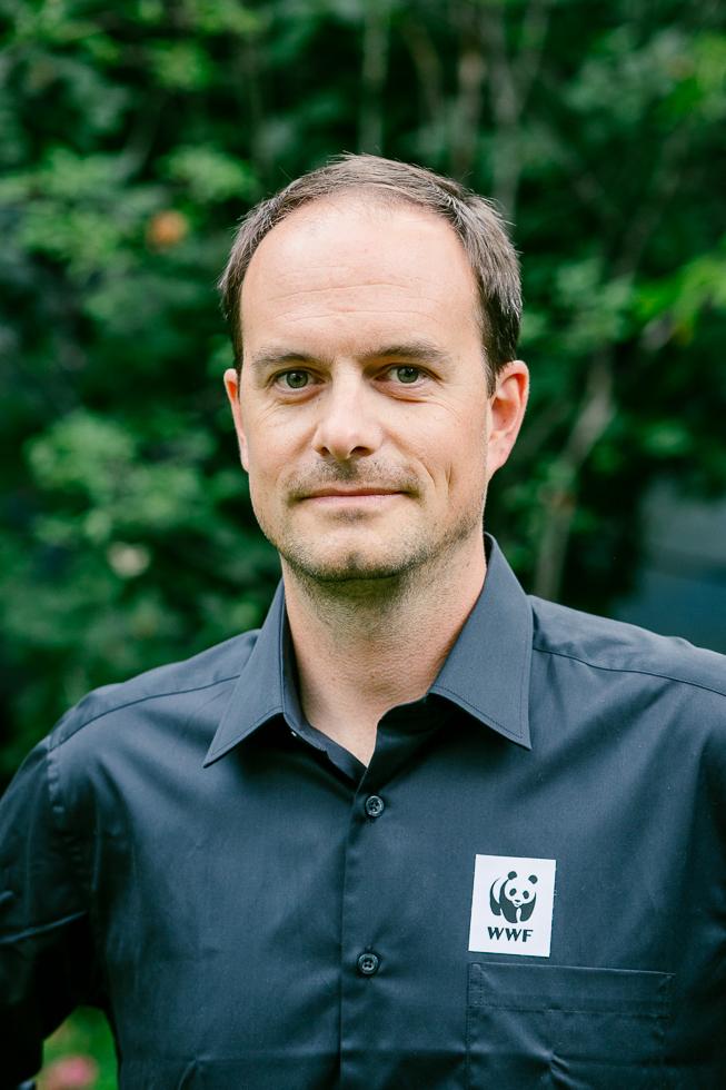 Thomas Kaissl, beim WWF Österreich für Umwelt und Wirtschaft zuständig, möchte aus Aktivisten Unternehmer machen. (Foto: Bright Light Photography)