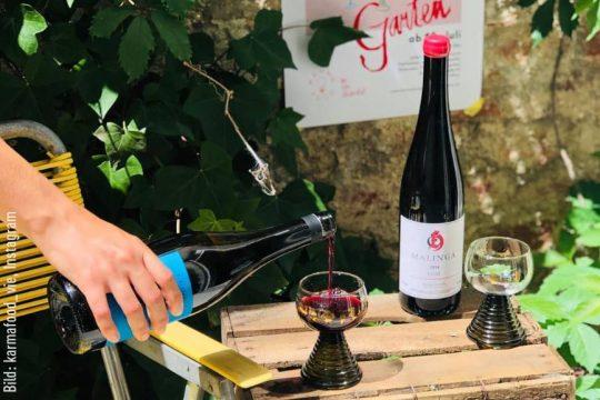 Bei Karma Food können Naturweine aus Europa genossen werden. Bild: karmafood_vie, Instagram.